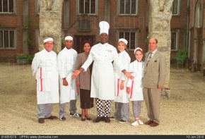 01ASVD70; Left to Right: JEFF NUTTALL; ROGER GRIFFITHS; CAROLINE LEE JOHNSON; LENNY HENRY; LORELEI KING; SOPHIE WALKER and DAVE HILL (Stars of the BBC-1 comedy 'Chef') COMPULSORY CREDIT: UPPA/Photoshot ...