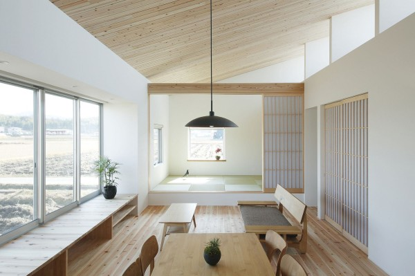 alts-design-office-768-sf-japanese-family-small-house-003-600x399
