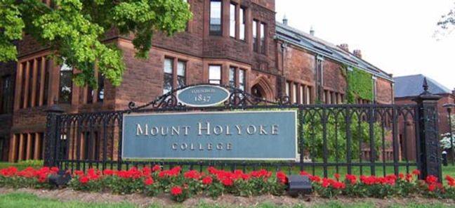 1820_mount_holyoke_college_10