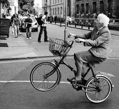 old lady bike 1.jpg