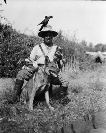 hugh-lofting-with-his-animals