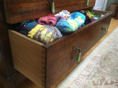 drawer wont close