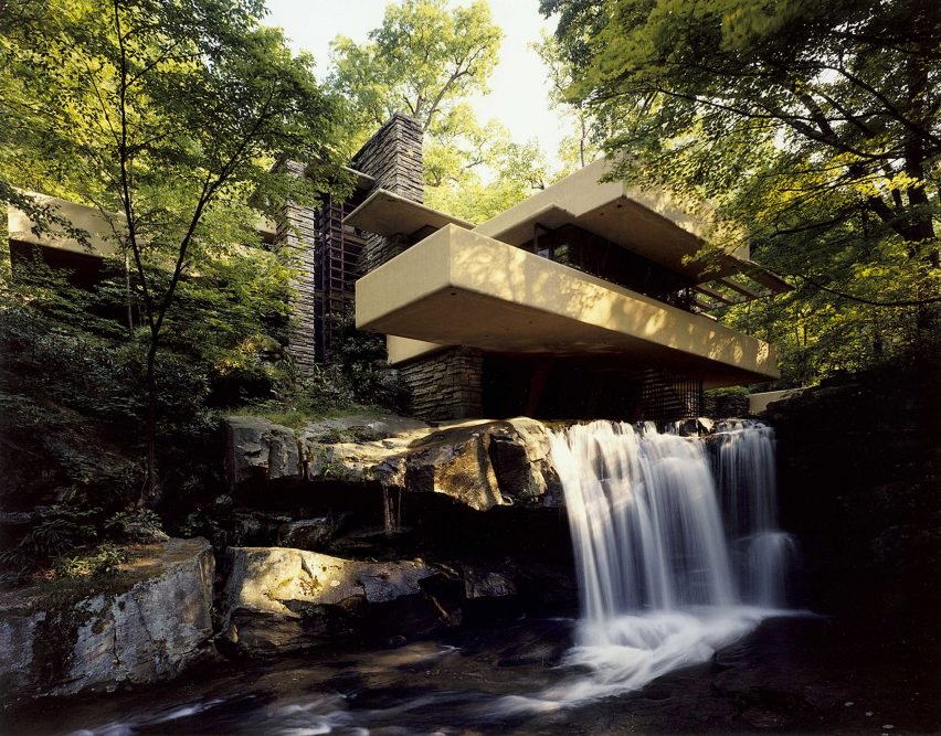 fallingwater-frank-lloyd-wright-pennsylvania-1935-150th-birthday_dezeen_2364_ss_2-852x667