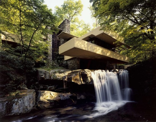 fallingwater-frank-lloyd-wright-pennsylvania-1935-150th-birthday_dezeen_2364_ss_2-852x667