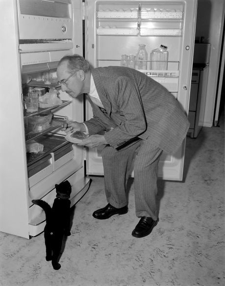 groucho with cat.jpg