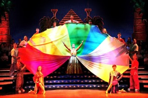 Joseph-and-the-Amazing-Technicolor-Dreamcoat-4-credit-Sheila-Burnett